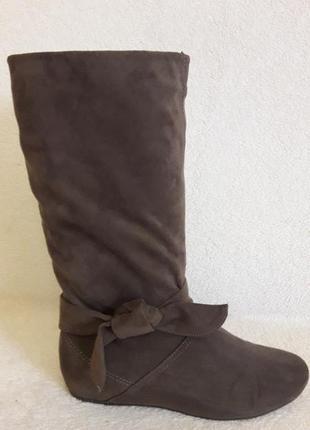 Стильные  сапоги на меху фирмы ariane p. 38 стелька 24,5 см