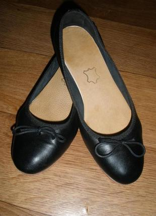 Шикарные кожаные туфли балетки vero cuoio!размер 37-38