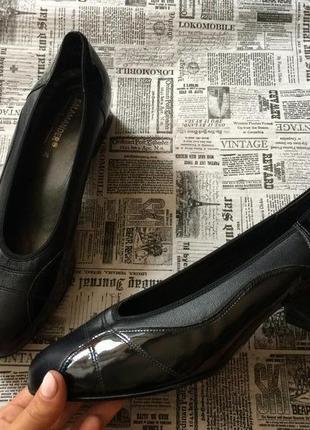 Шикарные кожаные туфли salamander 37р
