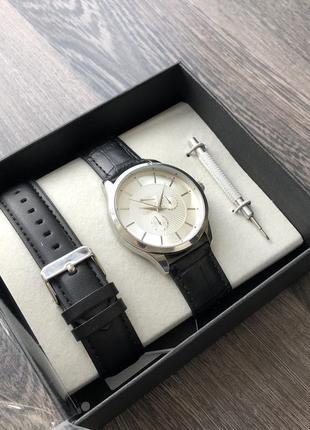 Годинник reserverd часы