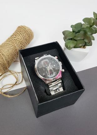 Новые мужские серебристые классические часы