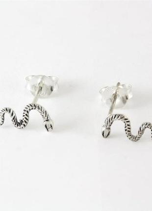 Срібні сережки змії, серебряные серьги змеи, серьги гвоздики kingsley ryan asos