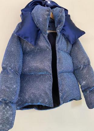 Блестящий короткий пуховик оверсайз куртка дутый объемный с капюшоном люрекс фиолетовый