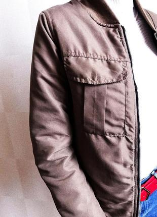 Курточка хаки на тёплую весну осень , ветровка , утеплённый бомбер