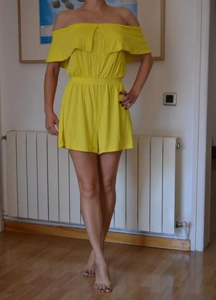 Летний костюм (playsuit) asos ярко-желтого цвета