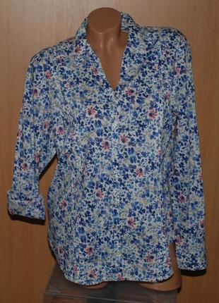 Блуза в цветочный принт бренда marks & spencer /100% хлопок/