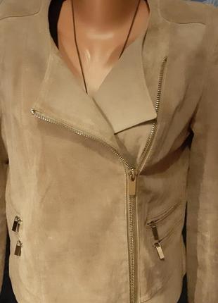 Куртка косуха mango.