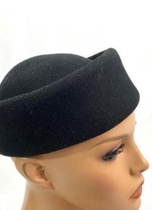 Шляпка фетровая, маленькая, italy, черная, есть дыочка