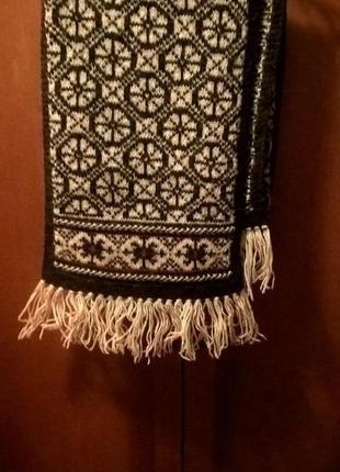 Длинный широкий шерстяной шарф (211 на 33 см) германия