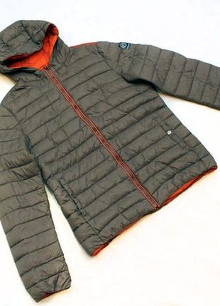 Стеганная теплая куртка от geox. размер xs