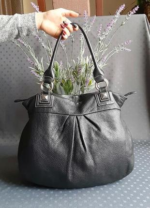 Кожаная красивая черная сумка фирмы palio