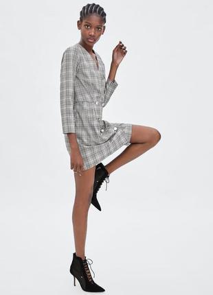 Нереально стильное и крутое платье клетка zara