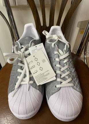 Adidas superstar us11