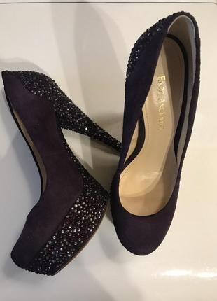 Шикарные туфли с камнями enzo angiolini