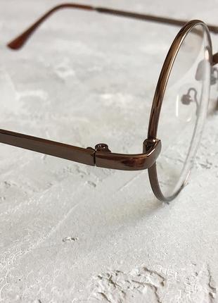 Круглые имиджевые очки с коричневой оправой