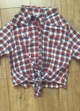 Яркая ретро рубашка