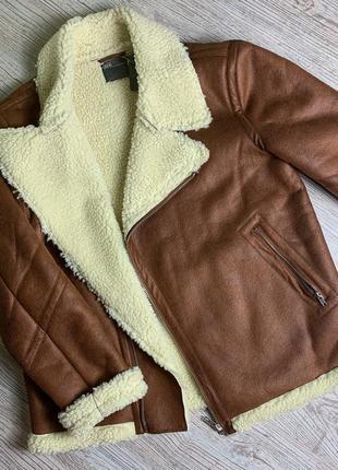 Байкерская курточка-дублёнка с тёплой подкладкой