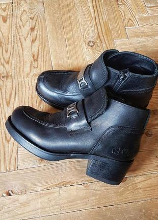Винтажные кожаные массивные ботинки ботильоны на толстом каблуке ботинки винтаж
