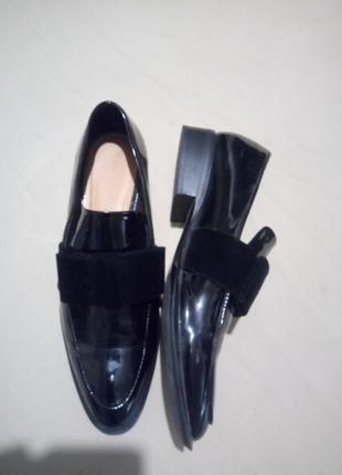 Лаковые туфли лоферы размер 41