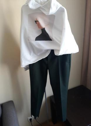 Стильные узкие брюки zara