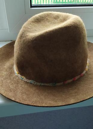 Модная шляпка zara