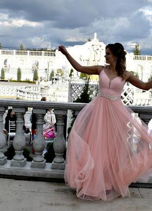 Платье в пол нежно розового цвета