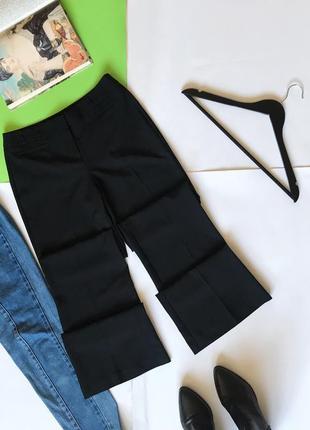 Стильные брюки f&f чёрные клёш со стрелками . 8/36/s