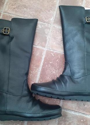 Стильные кожаные сапоги, размер 35. 5. -36, куплены в америке