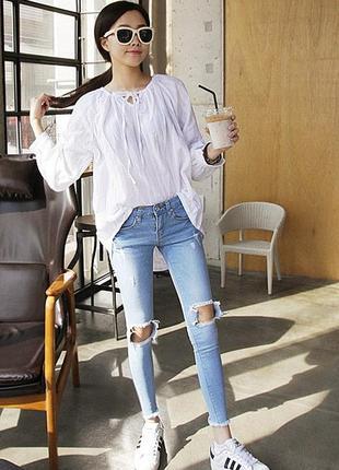 Уские джинсы