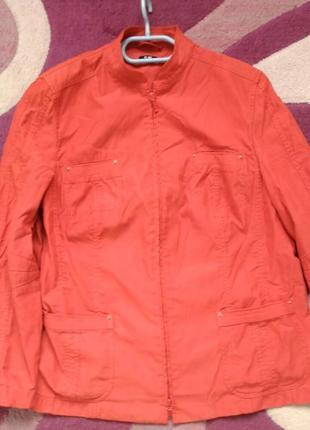 Классный котоновый пиджак, ветровка