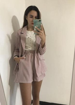 Костюм пиджак и шорты