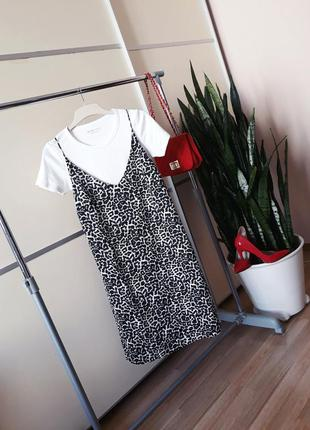 Платье в бельевом стиле анималистиный принт 1+1=3