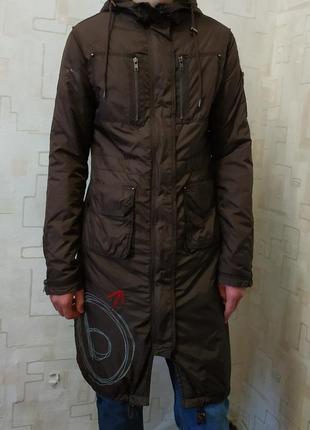 Демисезонное пальто плащ куртка с капюшоном