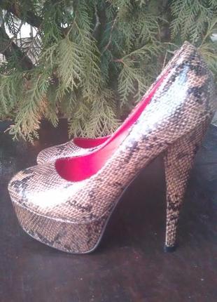 Туфлі туфли кожа змеи