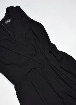 Елегантний чорний комбінезон на запах