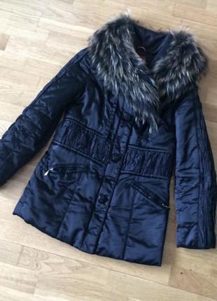 Куртка зимняя на синтепоне с натуральным мехом  / пуховик на синтепоне натуральный мех