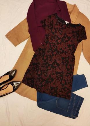 New look платье чёрное бордовое в цветочный принт трикотаж