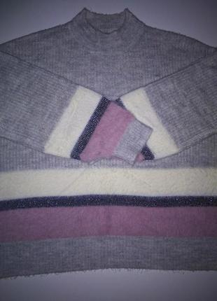 Теплый пушистый джемпер,свитер