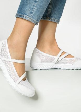 Новые белоснежные легкие сандалии skechers