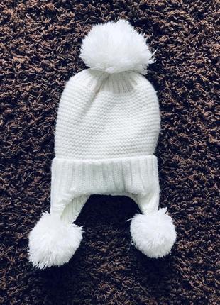 Тёплая зимяя шапка 4-5 лет