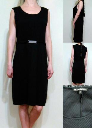 Базовое черное платье с фактурным верхом