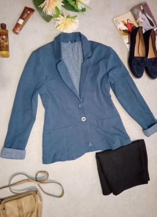 Пиджак в стиле кежуал с отворотами