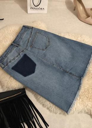 Мега крутая джинсовая юбка с необработанным низом и потертостями ... 💋🍓❤️
