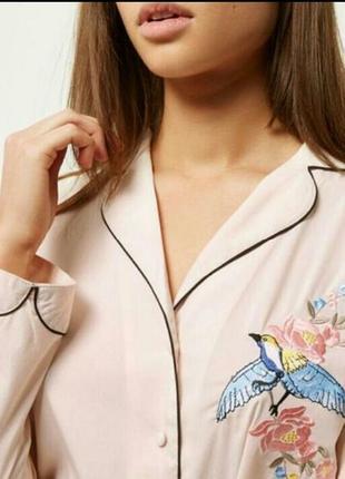Стильная пижама с вышивкой