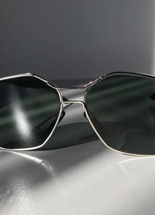 Винтажные очки с зелёными стёклами