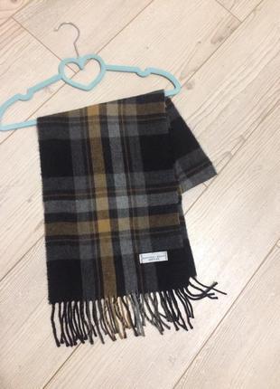 Geoffrey beene шарф италия