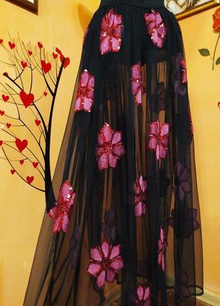 Прозрачная юбка с вышивкой