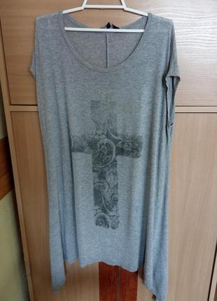 Стильная брендовая футболка. бренд new look. оверсайз. размер укр.48-50