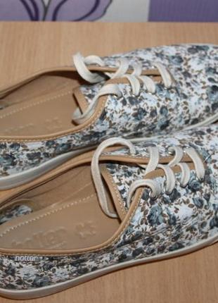 Цветочные туфли мокасины кеды hotter англия