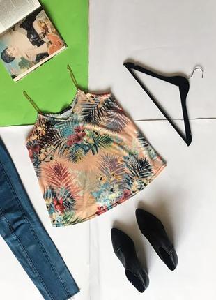 Шикарная блуза на цепочках майка в цветочный принт atm